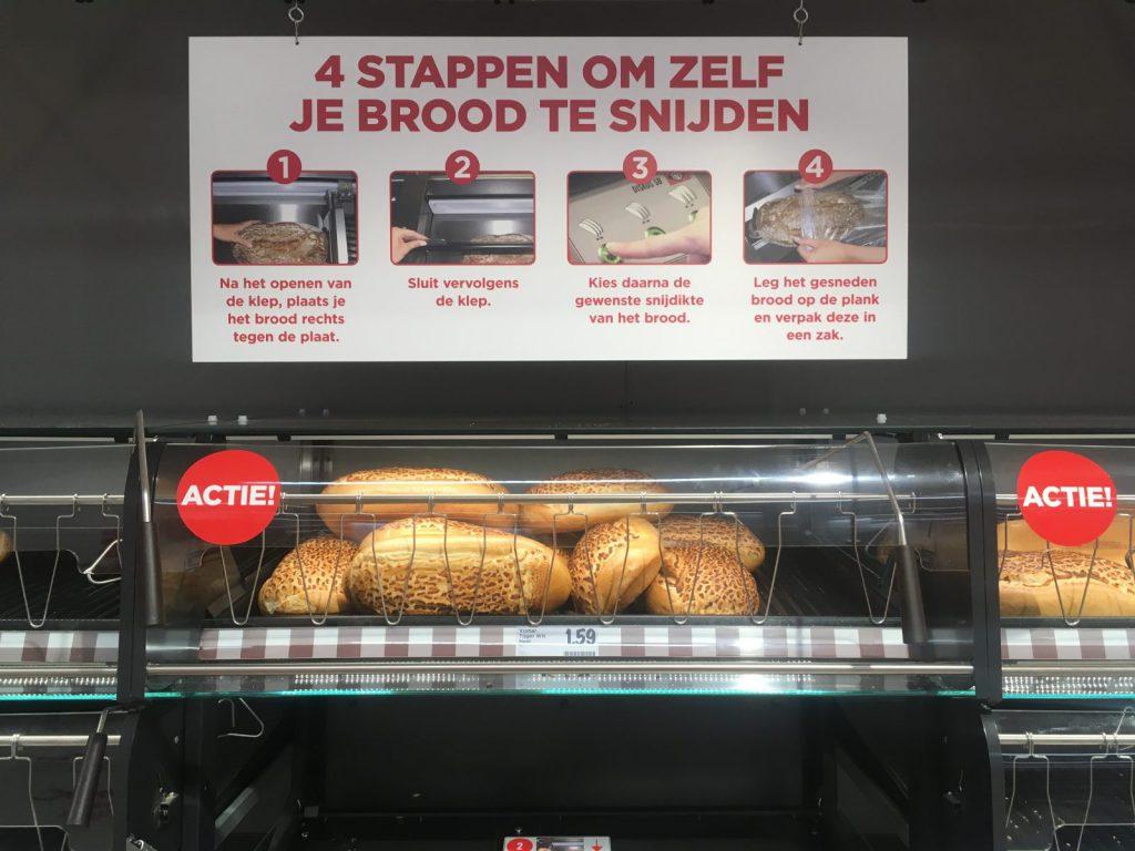 Zelf brood snijden en inpakken in Haarlem