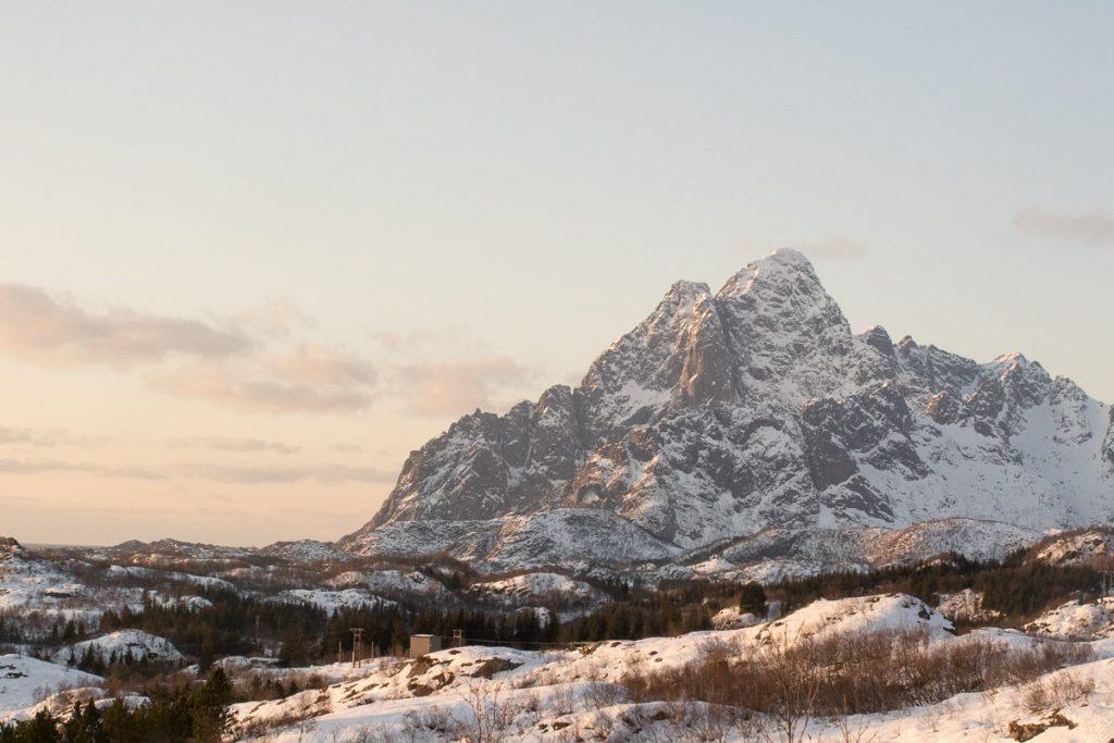 Bergwandeling door sneeuw