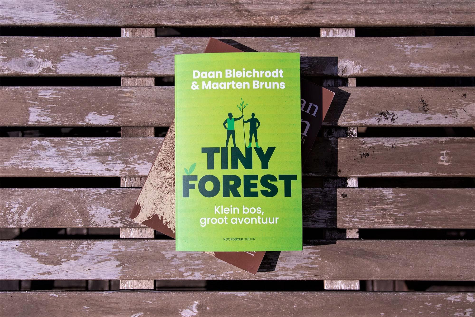 Het boek Tiny Forest van Daan & Maarten